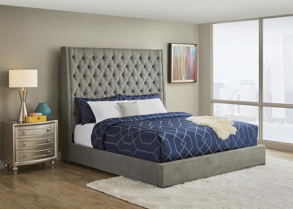 Bedroom with Memory Foam Mattress