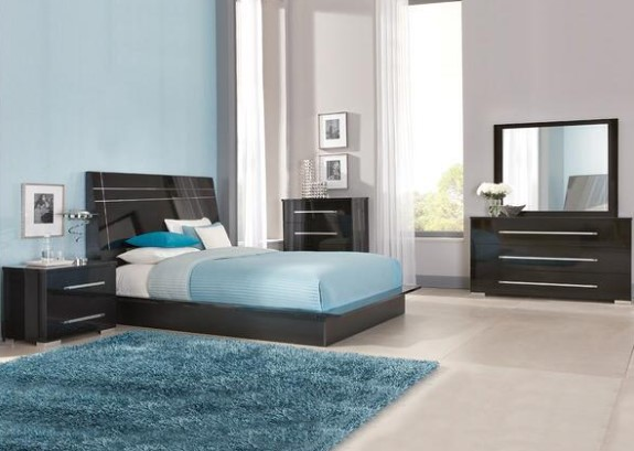 Verona 7 Pc. Queen Bedroom from The RoomPlace