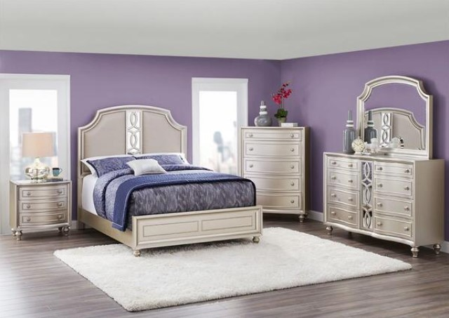 Platinum 7 Pc. Queen Bedroom from The RoomPlace